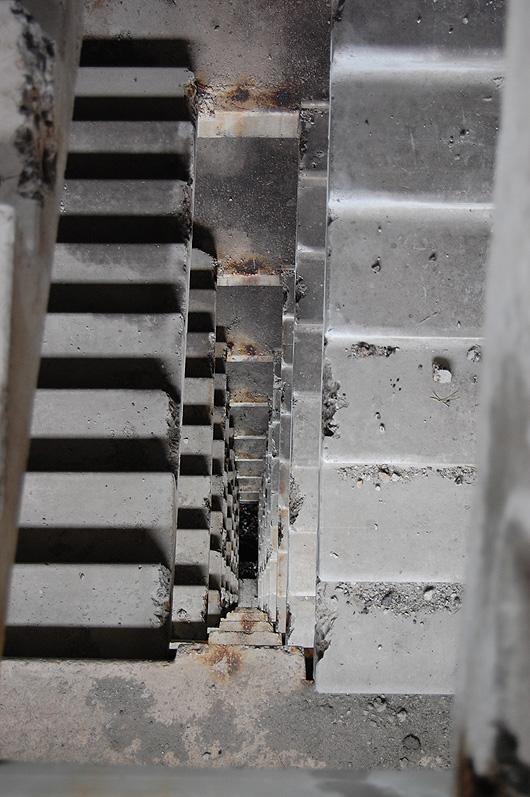 Заброшенная многоэтажка в Ханжёнково